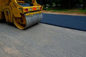 asphalt-paving-roller